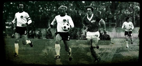 X. Fußball-Weltmeisterschaft 1974 DDR BRD Gruppe 1 Foto: Rainer Mittelstädt, Deutsches Bundesarchiv